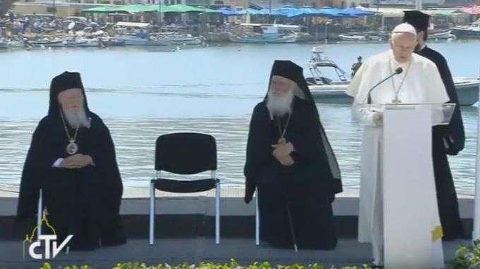 Discurso do Papa Francisco à população e comunidade católica