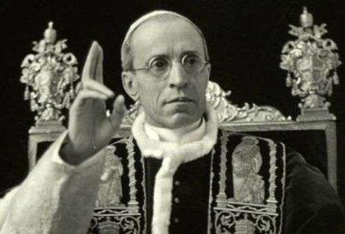 O Santo Padre, Papa Pio XII