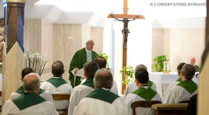 01/02 - Papa Francisco: O cristão morno esqueceu o entusiasmo do primeiro amor