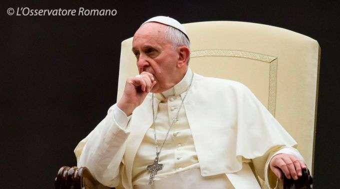 23/11 - Papa Francisco telefona para vítima de abusos e a encoraja a processar os culpados