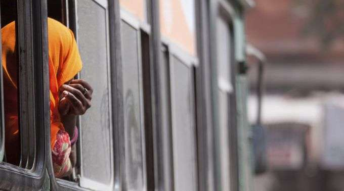 """19/12 - """"Em uma só noite conseguimos resgatar 37 mulheres escravizadas"""", afirma religiosa na Índia"""
