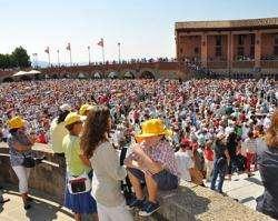 O Papa pede às famílias que sejam sinal de esperança na sociedade atual