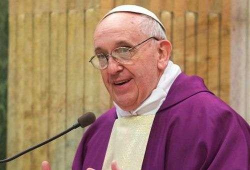 O Papa exorta a meditar nesta Semana Santa na infinita paciência de Deus conosco