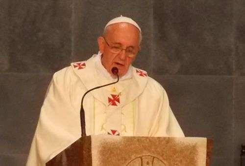 Um povo que não se preocupa com os seus idosos e crianças não tem futuro, diz o Papa